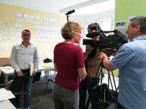 NDR bei job-konzept während des Interviews für die ARD